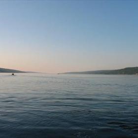 seneca lake_-2812478801632083528