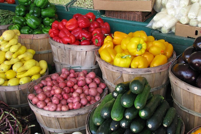 farmers market_9079321182810097207