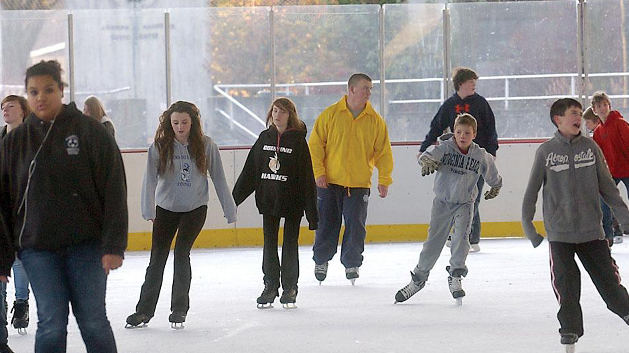 Ice Rink FOR WEB_1448080893324.jpg