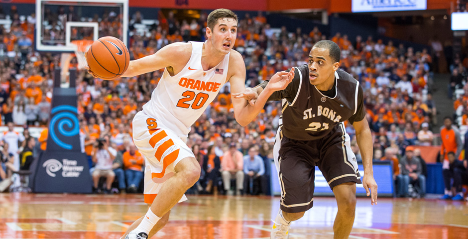 Tyler Lydon drives against Dion Wright-118809342