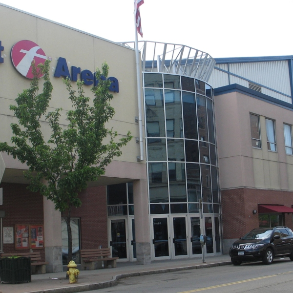 fIRST aRENA_1453956658419.jpg