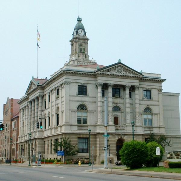 city hall_1459397485947.jpg