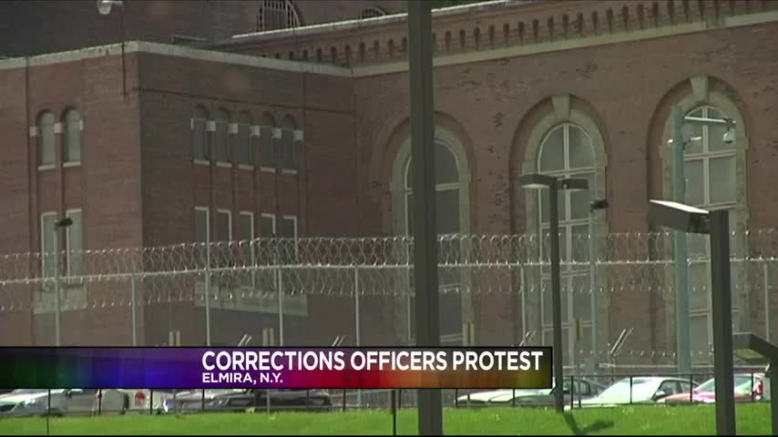 Corrections Officers Protest Working Conditions_24297028-159532