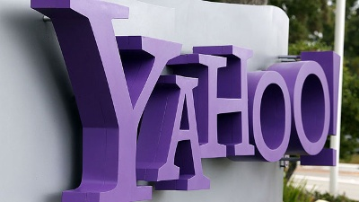 Yahoo-logo-at-headquarters-jpg_20160725114401-159532