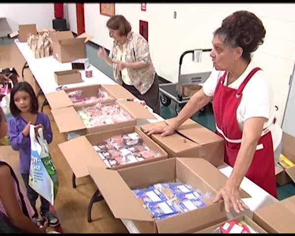 Economic Opportunity Program Provides School Supplies for Fi_54242742-159532