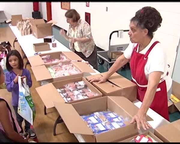 Economic Opportunity Program Provides School Supplies for Fi_54242742-159532