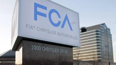 Fiat-Chrysler-headquarters-sign-jpg_20160719040347-159532