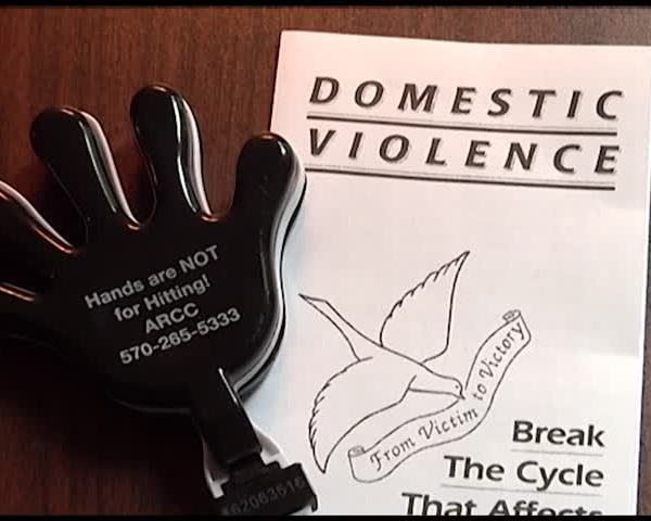 How to Get Help During Domestic Violence Awareness Month_87394301-159532