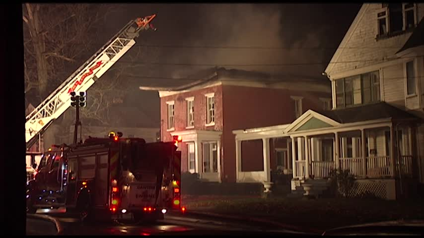 Firefighters Respond to Apartment Building Fire in Troy_85091187-159532