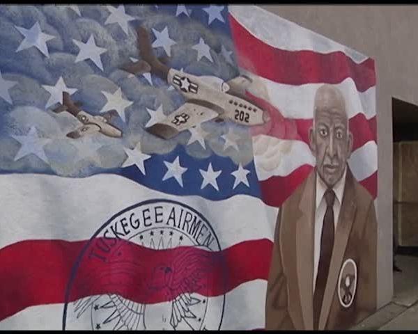 Mural Honors Tuskegee Airmen and Elmira Native_91359252-159532