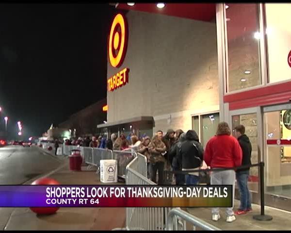 Twin Tiers Shoppers Seek Deals Ahead of Black Friday_42003554-159532