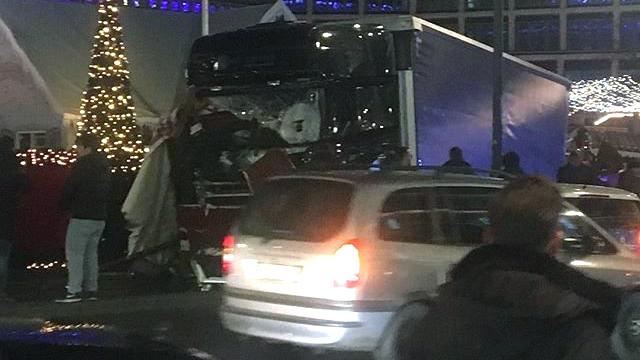 Berlin truck into Xmas market_1482180414365.jpg