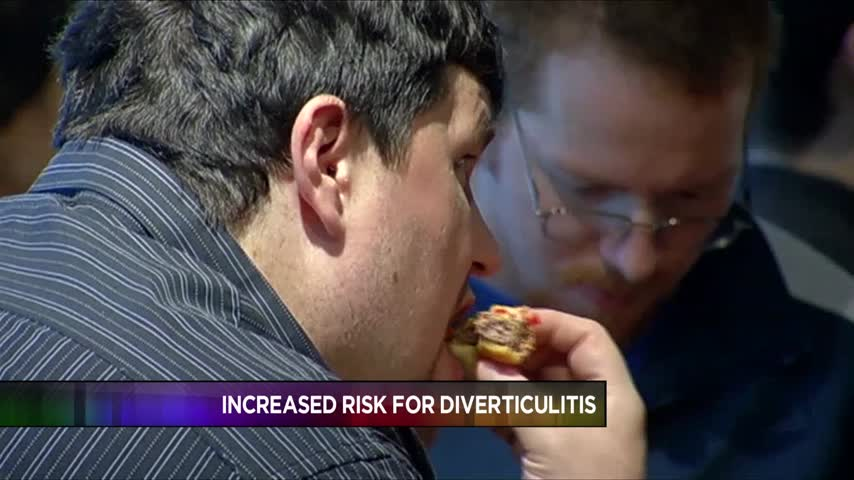 Overeating Red Meat Can Increase Risk for Diverticulitis_03817588