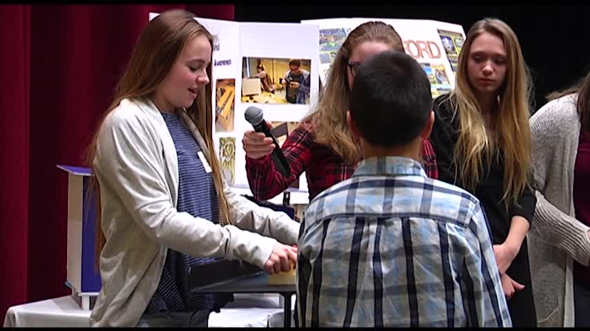 Area Middle Schoolers Design Tiny Houses_57289388