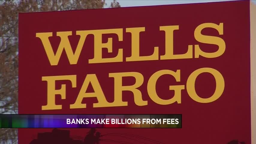 Banks Make Billions From ATM Fees_52682874