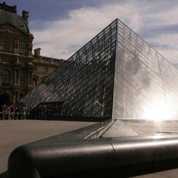 Louvre%20pyramid_1486115893572_191436_ver1_20170203102527-159532