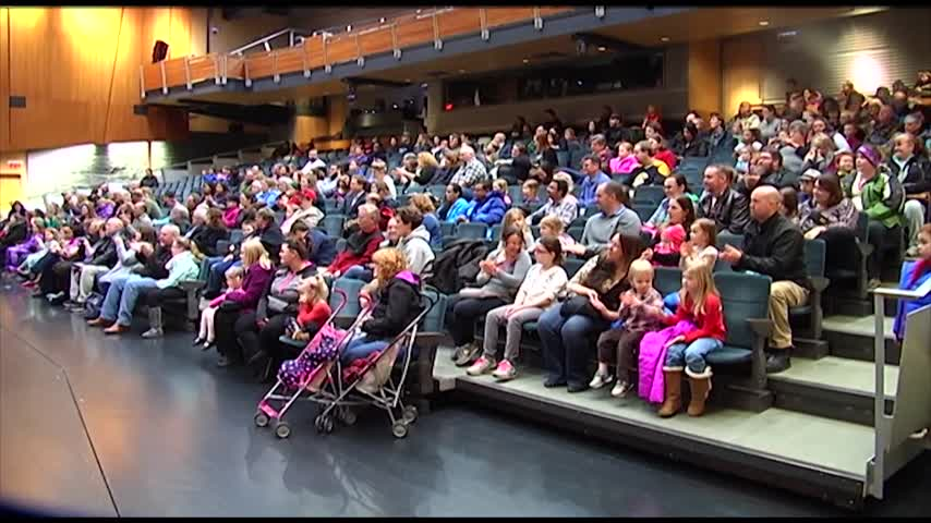 CMoG Brings Out Local Families with Annual -Family Night-_72362657