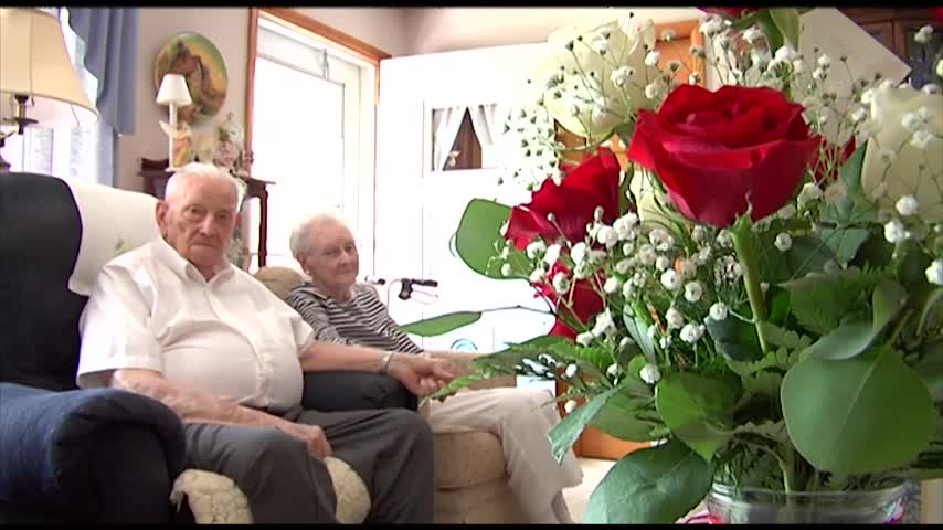 Pine City couple celebrates 75 years of wedded bliss_83018032