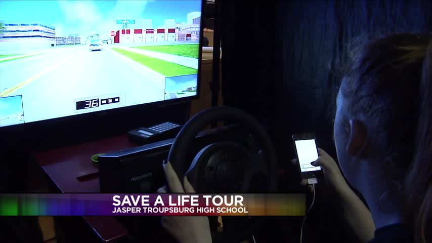 Save a Life Tour Shows Students What it-s Like to Drive Drun_07934865