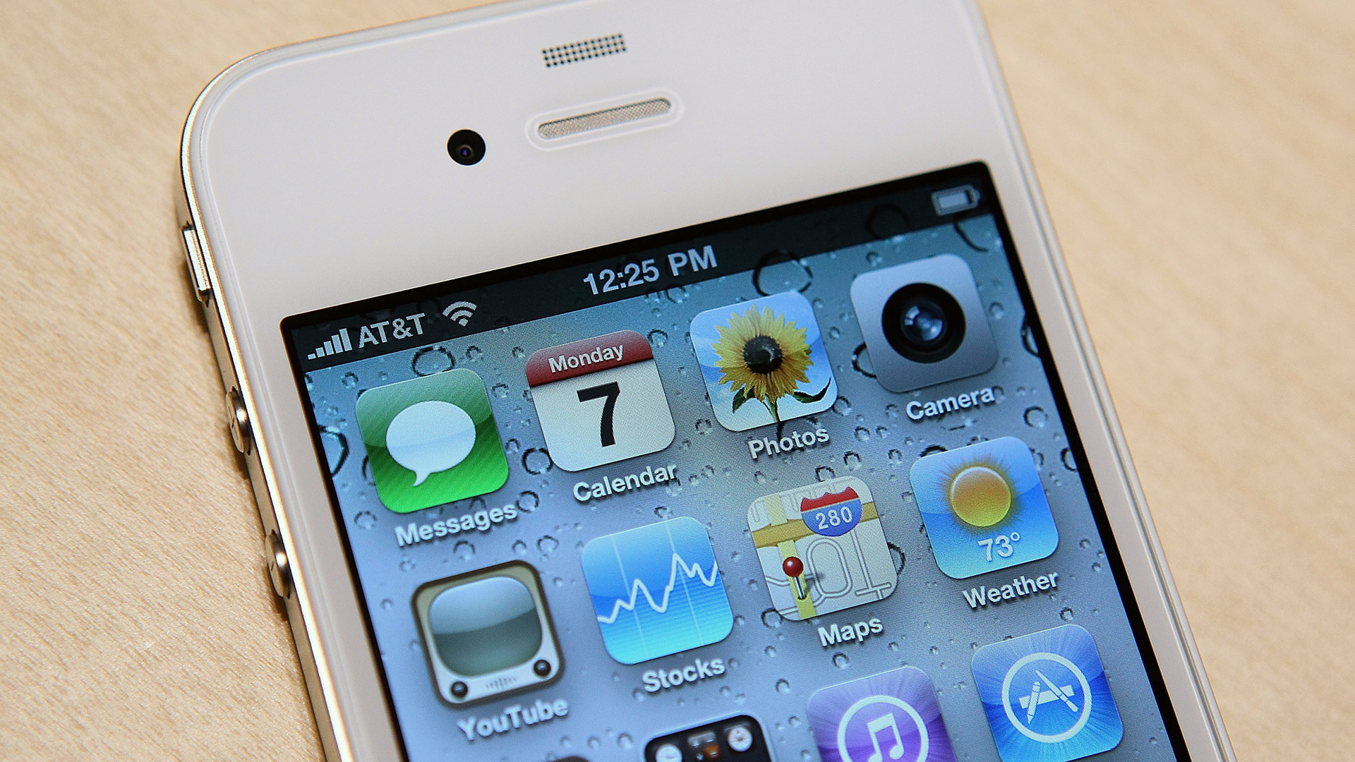 iPhone 4 from 2010-159532.jpg35774494