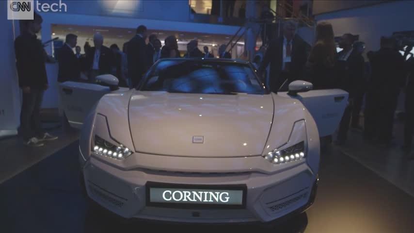 Corning Inc- unveils -Gorilla Glass- concept car_14622985