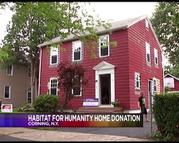Habitat for Humanity helps restore family-s home_98555733