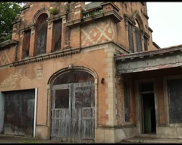 Historic Elmira Firehouse Gets Restoration Grant_34072775