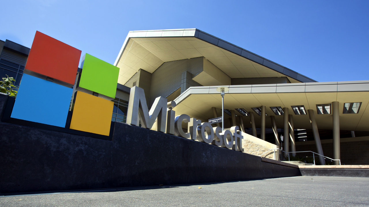 Microsoft Headquarters campus-159532.jpg67870365