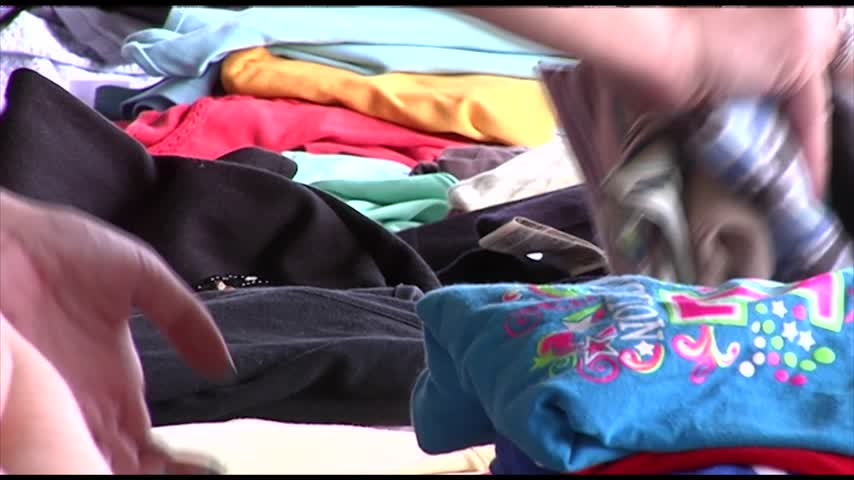 Avoca family hosts clothing drive for service pet_84070866