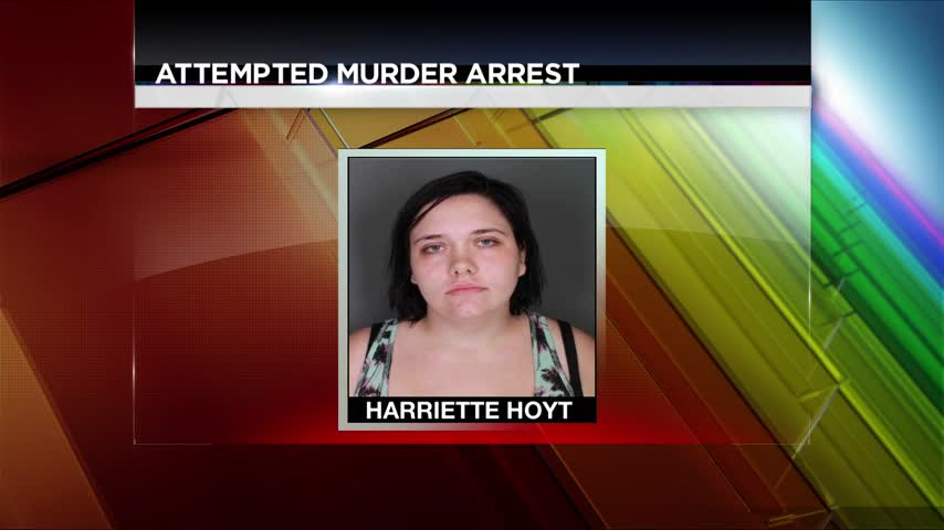 Woman Faces Attempted Murder After Leaving Baby in Bag_42999112