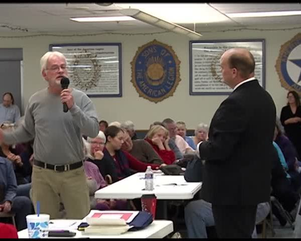 Reed holds first town hall since voting yes on GOP tax bill_63843805