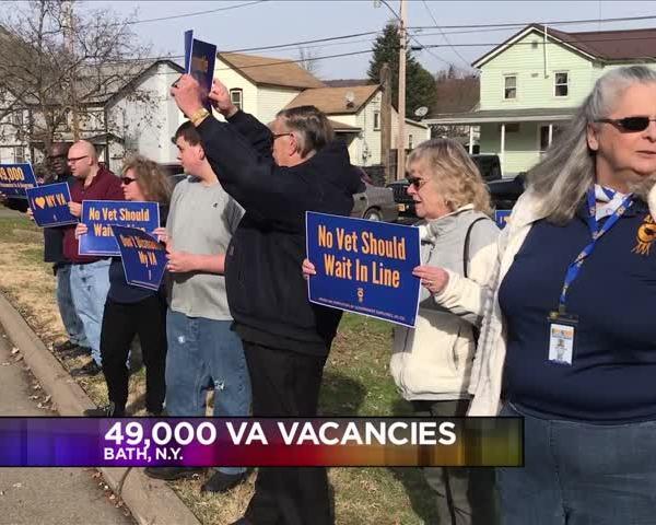 VA Vacancies at 49-000- union members rally_71139489