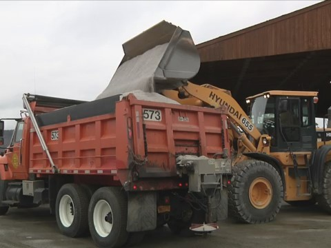 BATH, N.Y. (18 NEWS) - It might not have been a snowstorm in Steuben County on Monday, but the Department of Public Works wasout making sure the roads are clear.