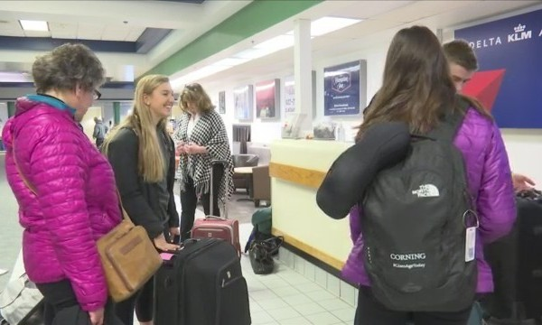 Corning_students_head_to_Italy_0_20180215171551