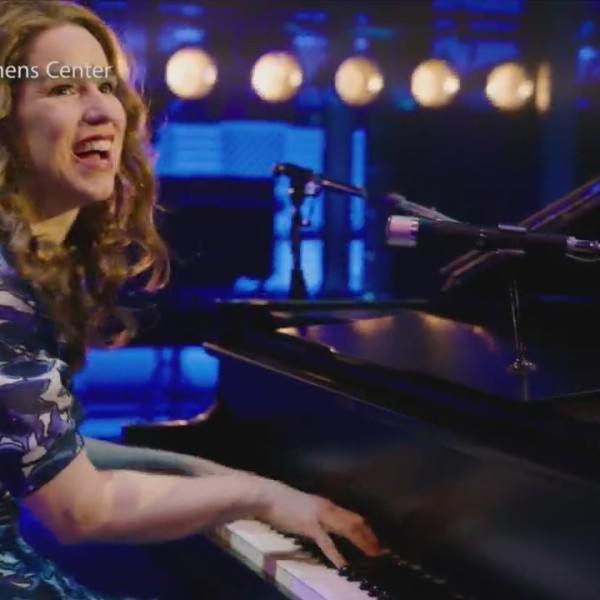 Going_down_memory_lane_with_Carole_King__0_20180516222525
