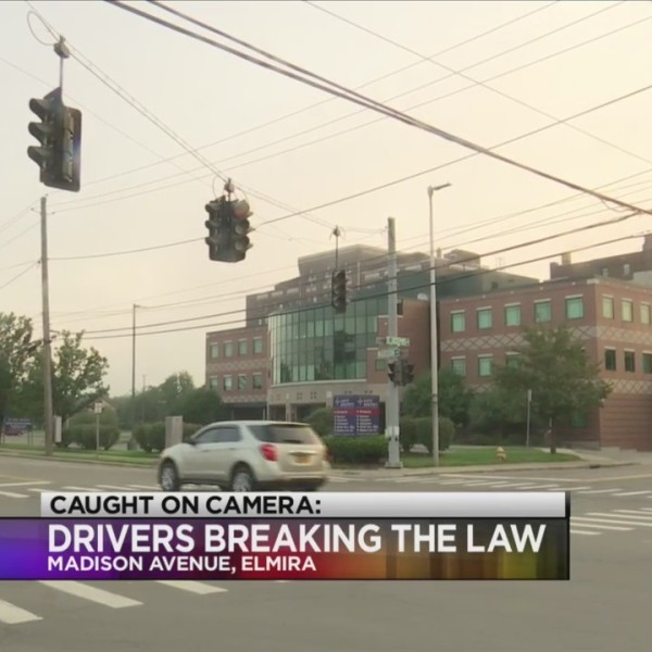 Drivers_break_law_during_power_outage_0_20180806162615