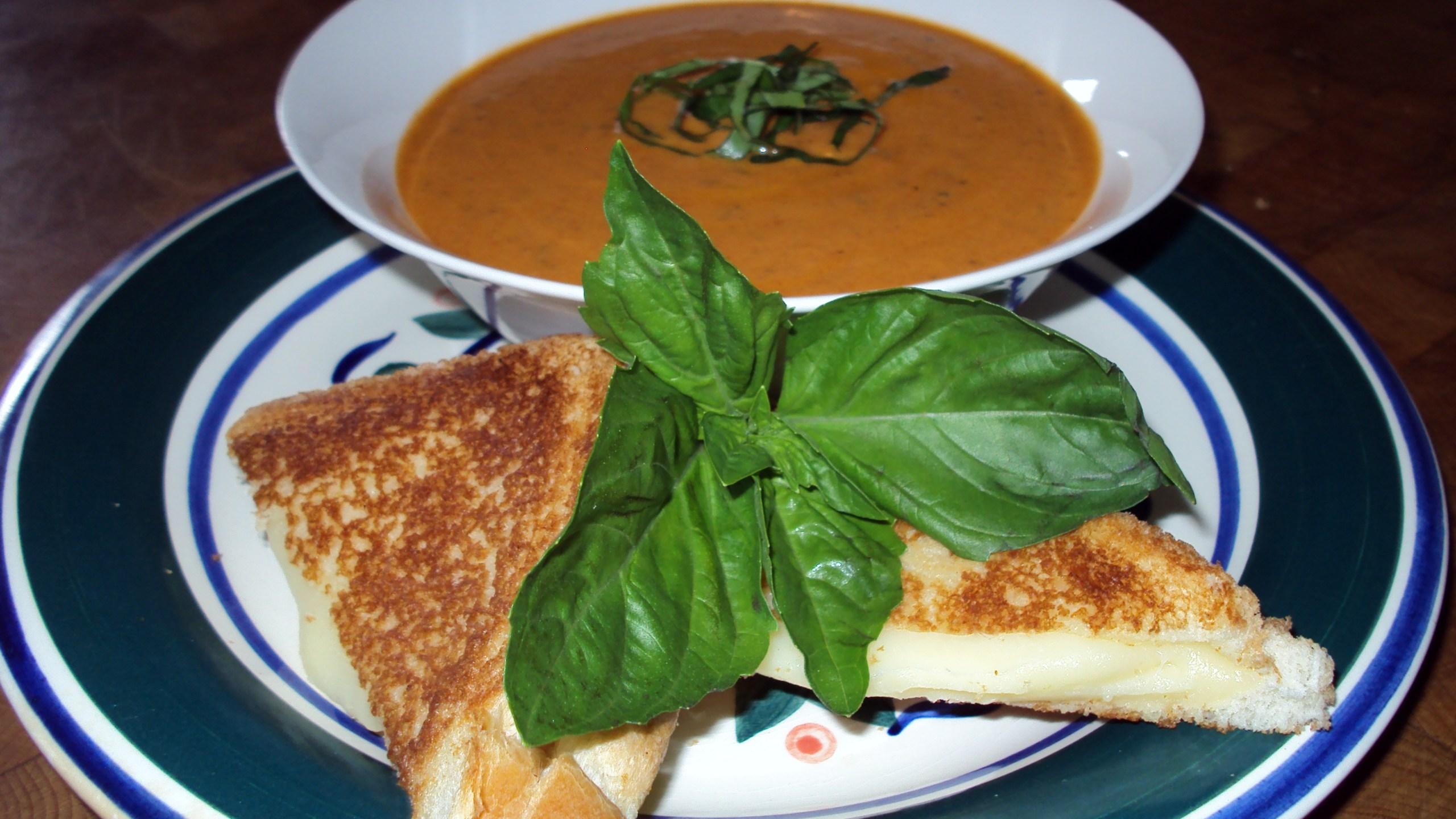Roasted Tomato Basil Soup _1539615408202.JPG.jpg