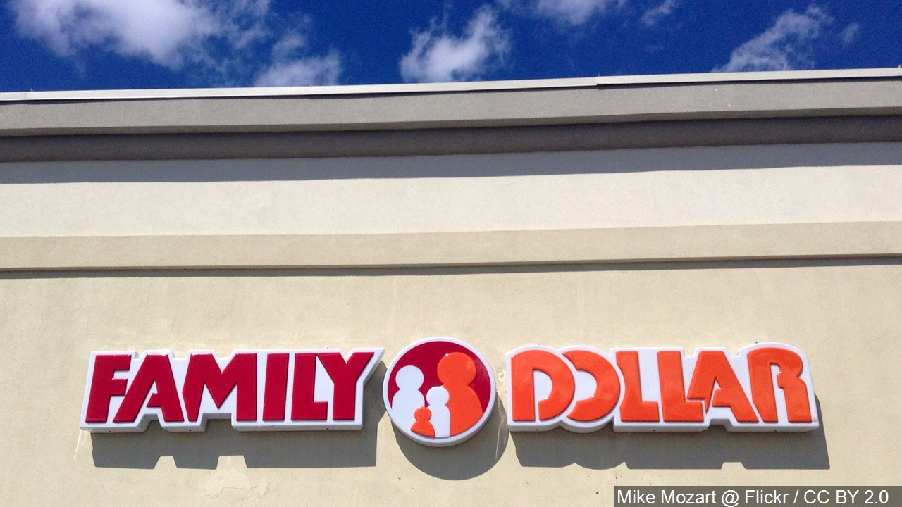 Family Dollar sign.jpg