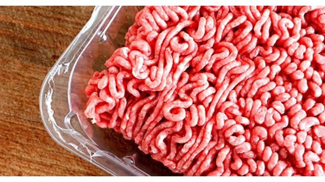 Raw meat ground beef E. Coli_1556379921750.jpg_84656514_ver1.0_640_360_1556459467596.jpg.jpg