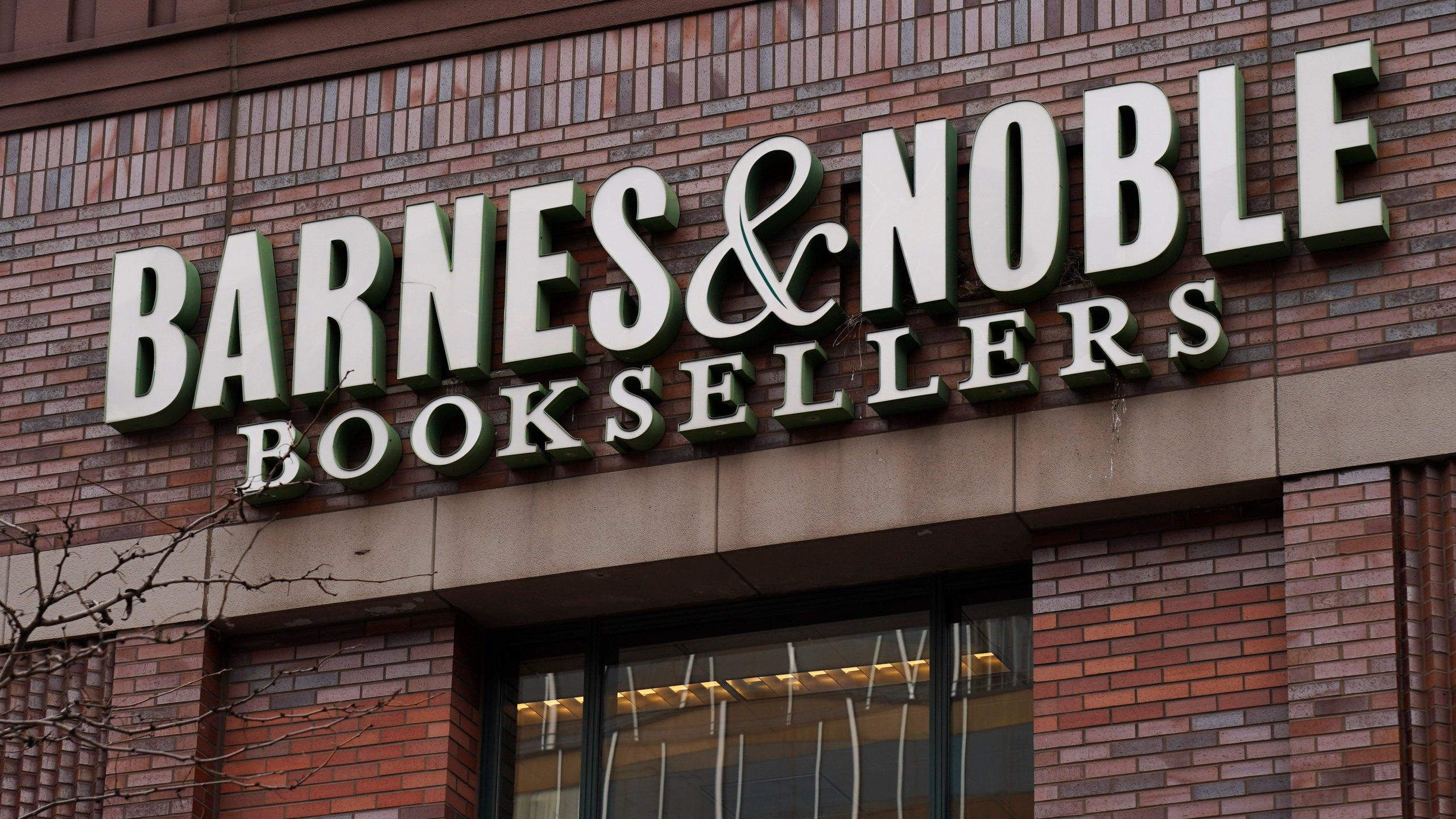 Barnes & Noble Warns Investors Of Possible 10 Percent Cut In Earnings Outlook.jpg