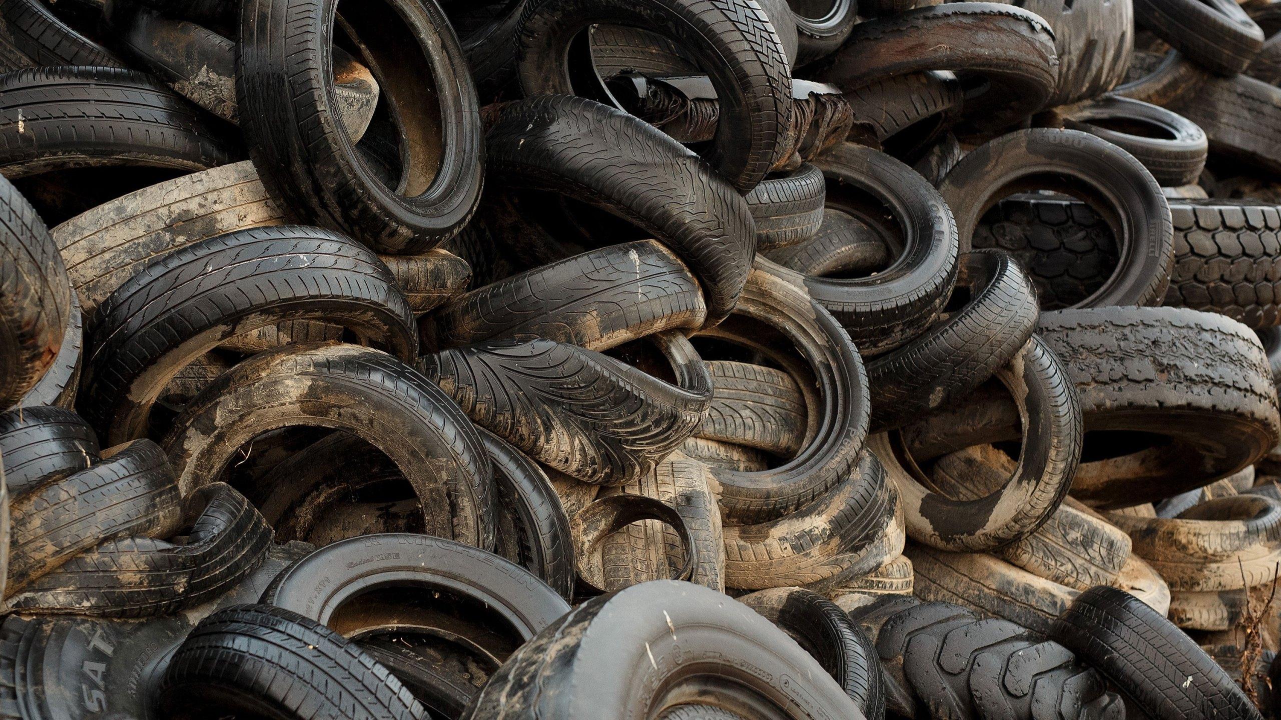 Tyre Dump In Spanish Countryside.jpg