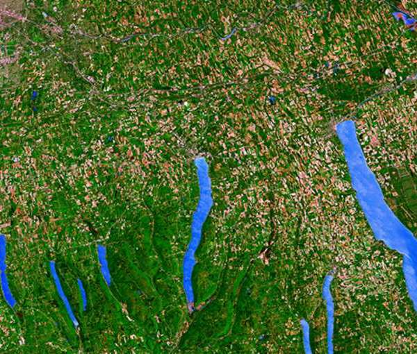 finger_lakes_from_space_0f1e8046-7297-4af2-b5eb-11cefcb3569a_1556982127314.jpg