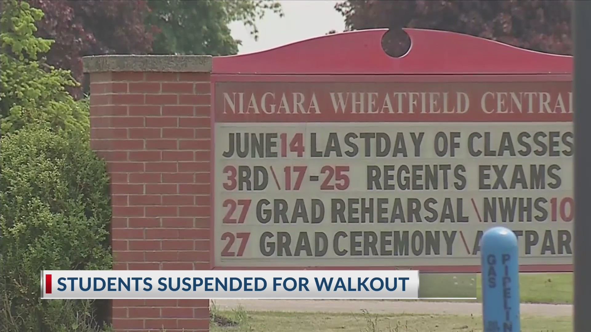 Parents, students against school's decision to allow student accused of rape to keep attending