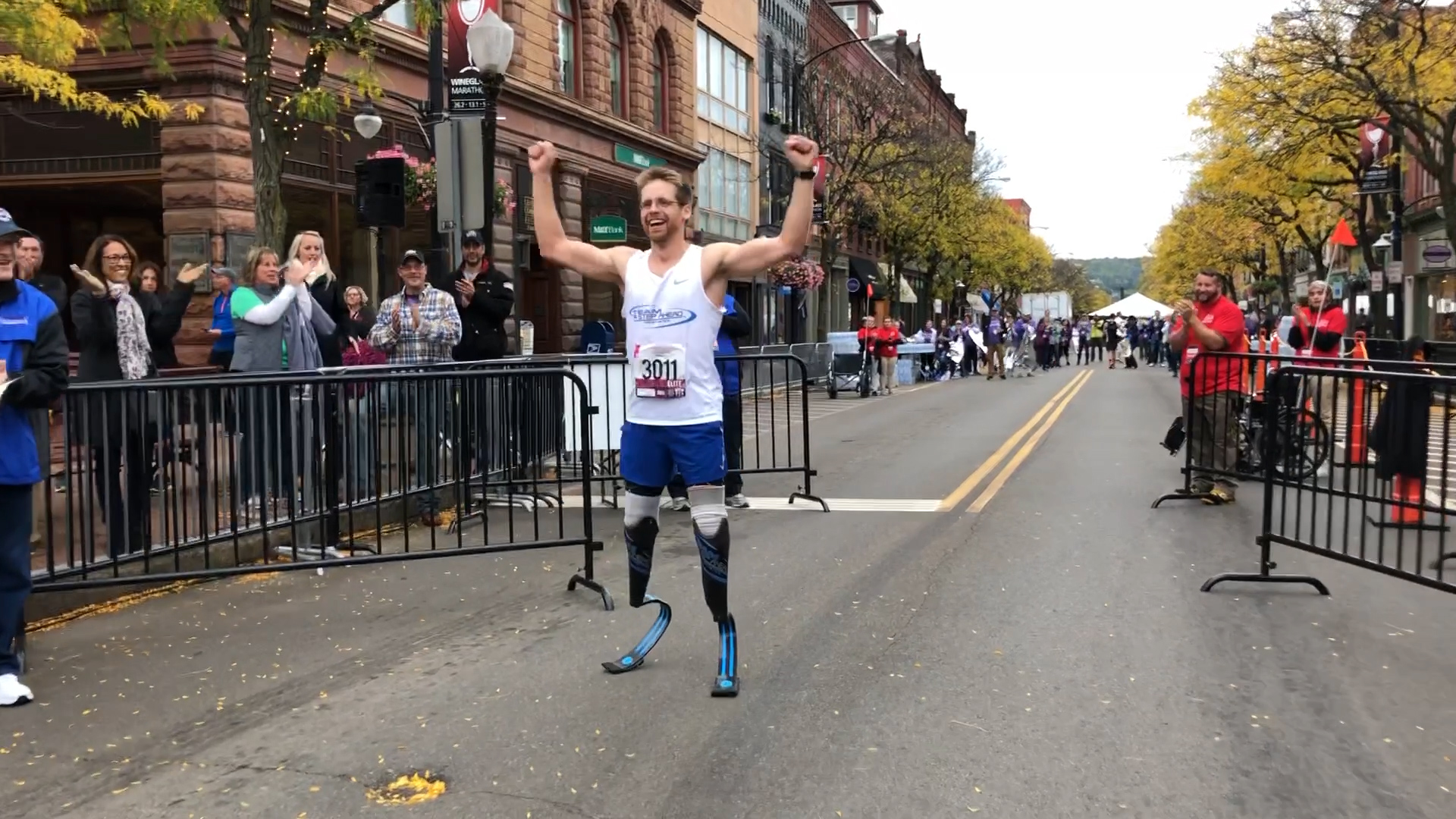 Double amputee breaks half-marathon record in Corning over the weekend