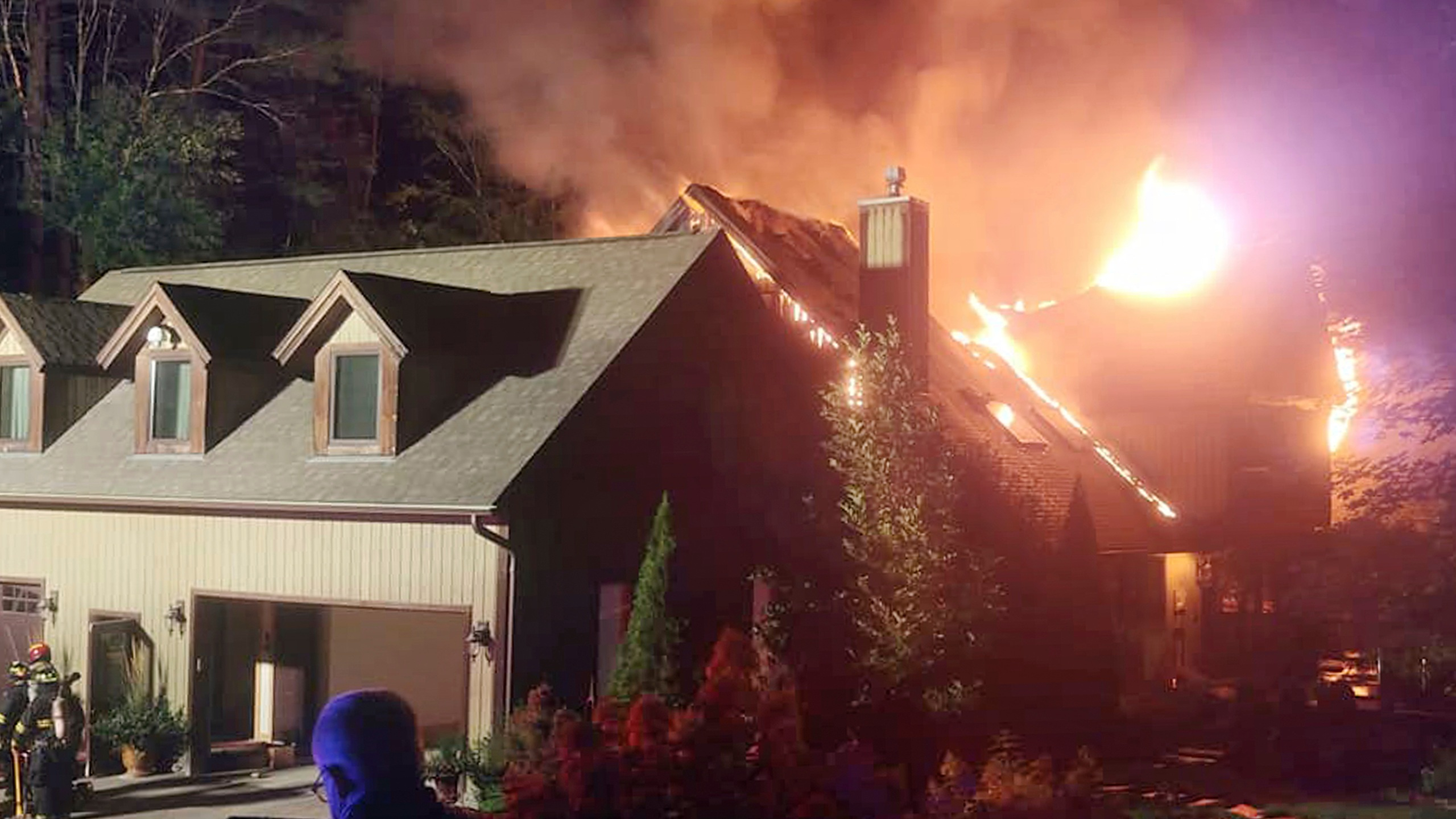 Official update on investigation into fire at Rachael Ray ...