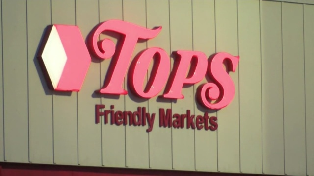 Price Chopper Market 32 And Tops Friendly Markets To Merge