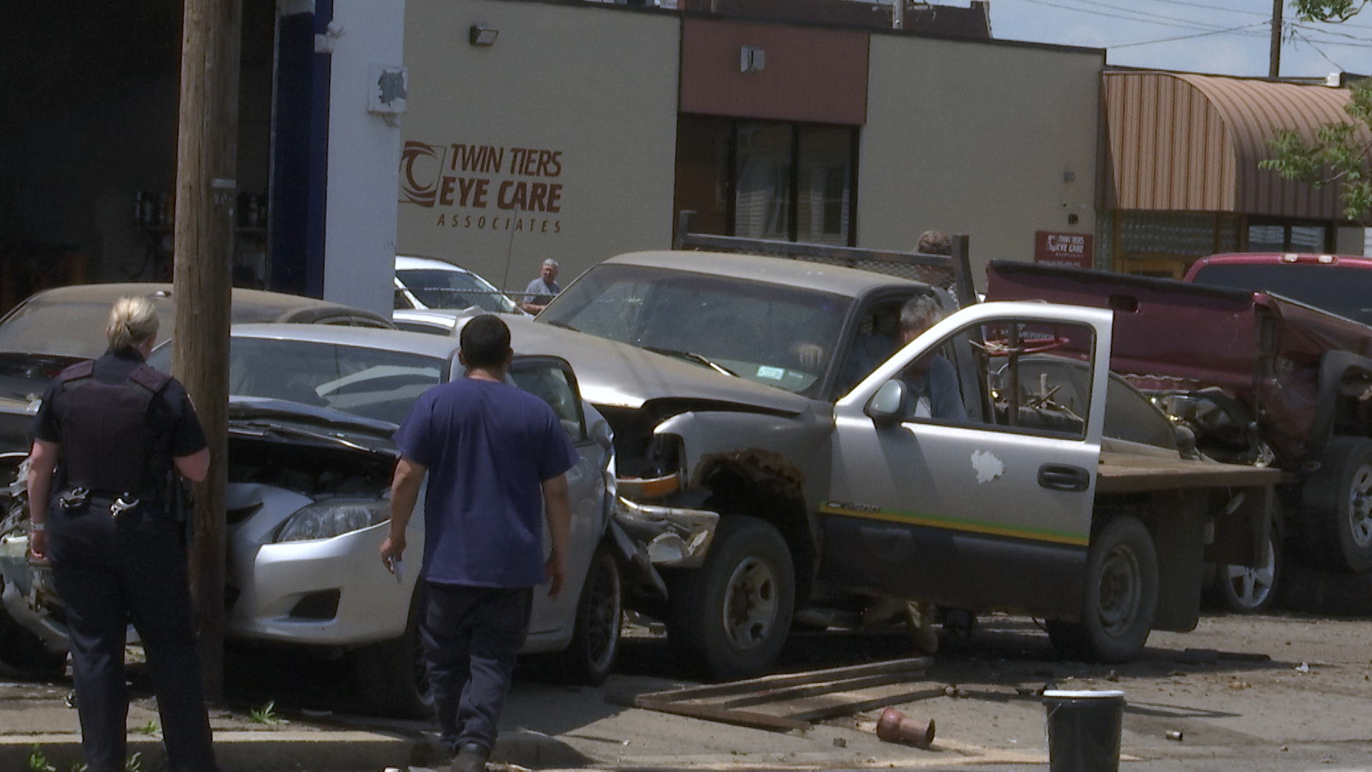 Multi-vehicle accident closes Madison Ave near St. Joes, lines down