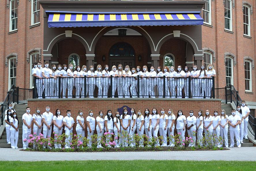 Elmira College Nurse_Pinning_2021