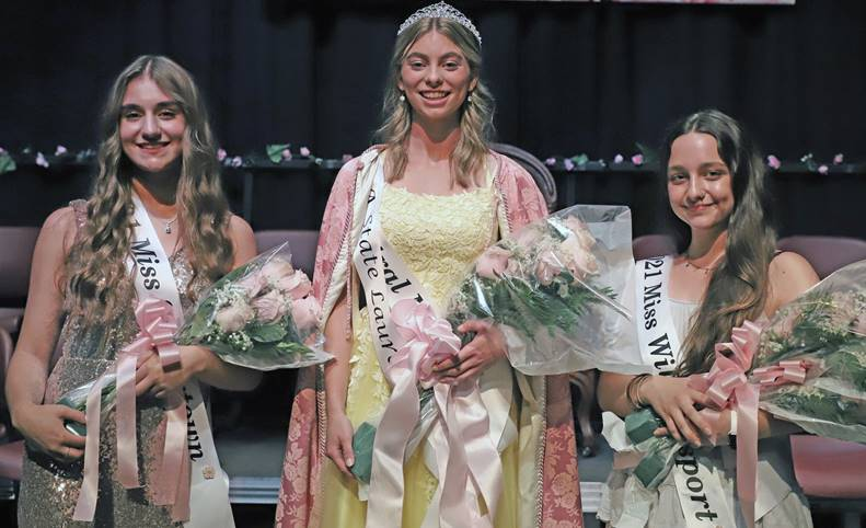 Second Runner-up, 2021 Laurel Queen, First Runner-up 2.jpg Photo by John Eaton 2021 Pennsylvania State Laurel Queen Jocelyn Renninger (center) is shown with second runner-up Miss Saegertown Amber Costello (left) and first runner-up and Miss Congeniality Miss Williamsport Alayna Dake (right).
