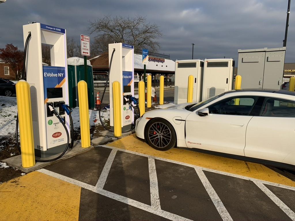 Evolve Ny Charging station